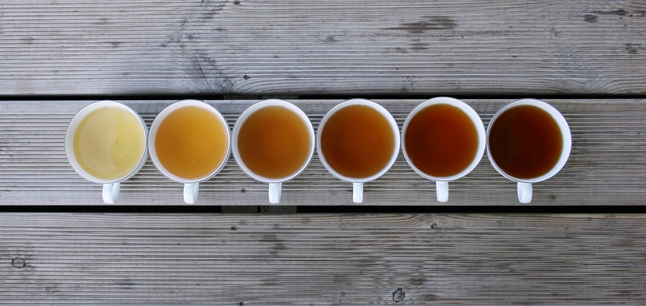 vintage-mug-tea-photos-wood-texture